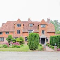 Pekes Manor