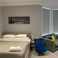 Boutique Maidstone apartment - Parking