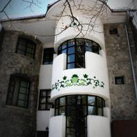 Hotel Tivoli, hotel din Sovata
