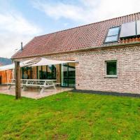 Sophisticated Holiday Home in Bocholt with Fenced Garden, hotel in Bocholt