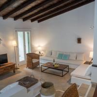 Luxury Skiathos Villa Three-Bedroom Villa Vromolimnos