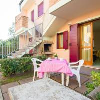 Attractive Holiday Home in Rosolina near Lungomare Beach