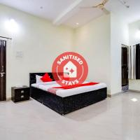 Vaccinated Staff- OYO 70559 Hotel Om Shree Palace