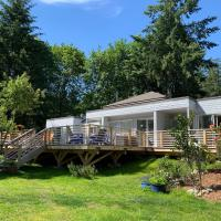 Forest by the Sea Rentals, hotel in Merville