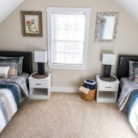Room in Guest room - Room 4 Cozy Private Enjoy Relax, hotel near Nantucket Memorial Airport - ACK, Nantucket