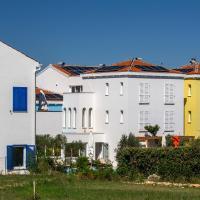Family Resort Hotel Manora 4 Stars, hotel in Nerezine