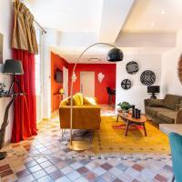 PLACE DU PALAIS DES PAPES 3 chambres 3 Salles de bain Parking Climatisation