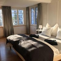 Haus zur Rose, St.Gallen, Bodensee, Säntis, hotel in Speicher