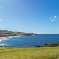 COASTLINE Boat Harbour Gerringong 4pm check out Sundays