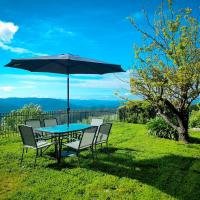 A 20 Acre private getaway with unforgettable views!, hotel em Alexandra