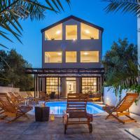 Villa with pool Marin