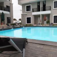 Blue Ocean Apartments, hotel in Brufut