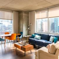 2BR Exquisite Loft Rooftop Pool, Gym and Balcony by ENVITAE