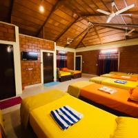 Silver Sand Beach Cottages, hotel in Kumta