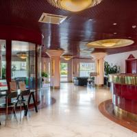 Agora' Palace Hotel, hotel in Biella