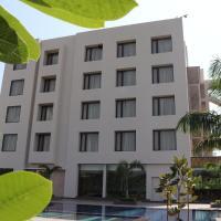 Hillcrest Hotel & Resort