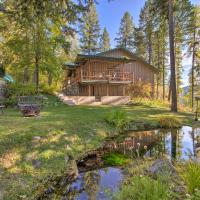 Secluded Forest Sanctuary Near Whitefish Lake, hotel in Whitefish