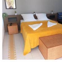 Grand studio super équipé au Manganao vue mer, hotel in Saint-François