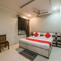 OYO 23649 Hotel Anand, hotel in Jhānsi
