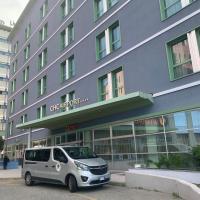 Best Western Premier CHC Airport, hotel near Genoa Cristoforo Colombo Airport - GOA, Genoa