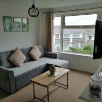Bright Porthleven Apartment