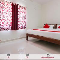OYO 68302 Muckatira Inn, hotel in Virajpet