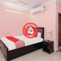 OYO 33408 Hotel Golden Inn, hotel in Shamshabad