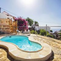 Romantic Hamlet Cottage with Private Pool