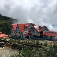 Miracle View Resort Kalinchowk, hotel in Charikot