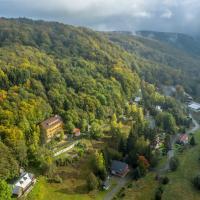 Medorhof Apartments & Events at Chalet Medor, отель в городе Telnice