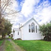 Abbey on Main - Unique heritage listed property overlooking the Huon River, hotel em Franklin