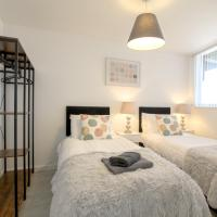 2 Bed Apt City Centre, Manchester Uni & Hospital, sleep 5, by Nyos Properties