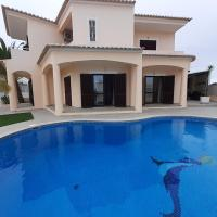 Galé Great Villa with Pool