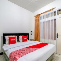 OYO 3341 Ten Guest House, hotel near Husein Sastranegara Airport - BDO, Bandung