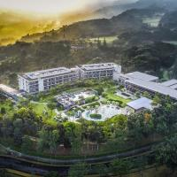 Royal Tulip Gunung Geulis Resort and Golf, hotel in Bogor