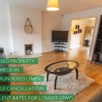 Host Liverpool - Rooms in a spacious CoLiving and CoWorking home with office, garden, and parking close to centre