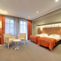 Restauracja RETRO & OAK ROOMS, hotel in Oborniki Śląskie