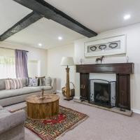 NEW Historical Cottage Escape BIG, hotel in Burnham