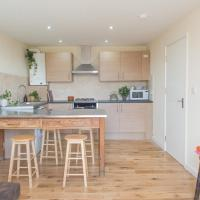 London's East End 2 Bed Apartment