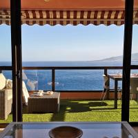 MAGNIFIC FLAT WITH PANORAMIC SEA VIEWS