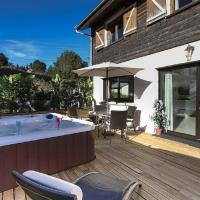 Chalet de 7 chambres a Les Moussieres avec magnifique vue sur la montagne terrasse amenagee et WiFi a 600 m des pistes
