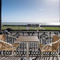 Spectacular sea views! Stylish apt with balcony