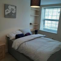 3 BEDROOM SHORT STAY FOR RENT IN SWALE, hotel in Minster