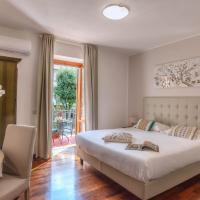 Plaza Rooms Ciampino, hotel near Rome Ciampino Airport - CIA, Ciampino