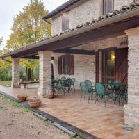 Magnificent Farmhouse in Sant'Angelo in Vado with Garden