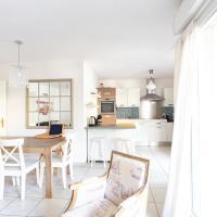 César Furnished flat
