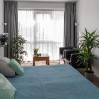 Buitenplaats Wergea Studio Appartement, hotel di Naarderburen