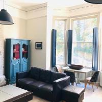 Seaside Escape - gorgeous 2 bed apartment in St-Leonards-on-Sea