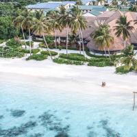 Reethi Faru, Bio Luxury Resort, hôtel à Raa Atoll