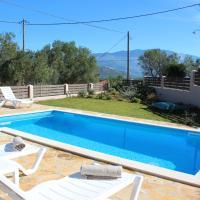Sole Mare Villa Lakithra, hotel in Kefallonia